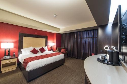 . Cherokee Casino & Hotel Roland