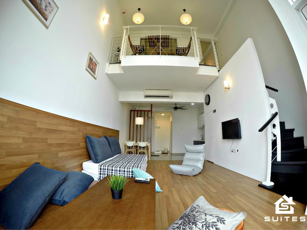 Suite : Modern Japanese Duplex Suite 7 of 78