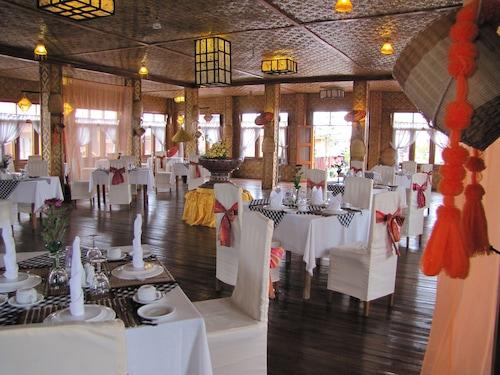 Paradise Inle Resort, Taunggye