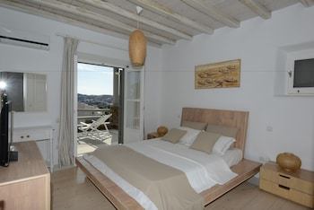 Apartment Divine (4 Bedrooms, Private Pool)