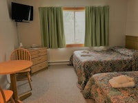 Room, 1 Double Bed and 1 Single Bed