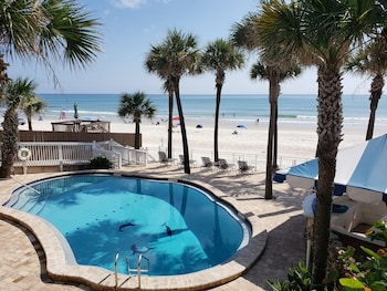 Hotel - Flamingo Inn Beachfront
