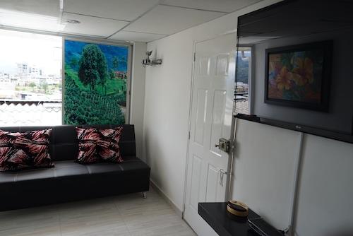 Aparta Estudios Amoblados Mi Casa, Manizales