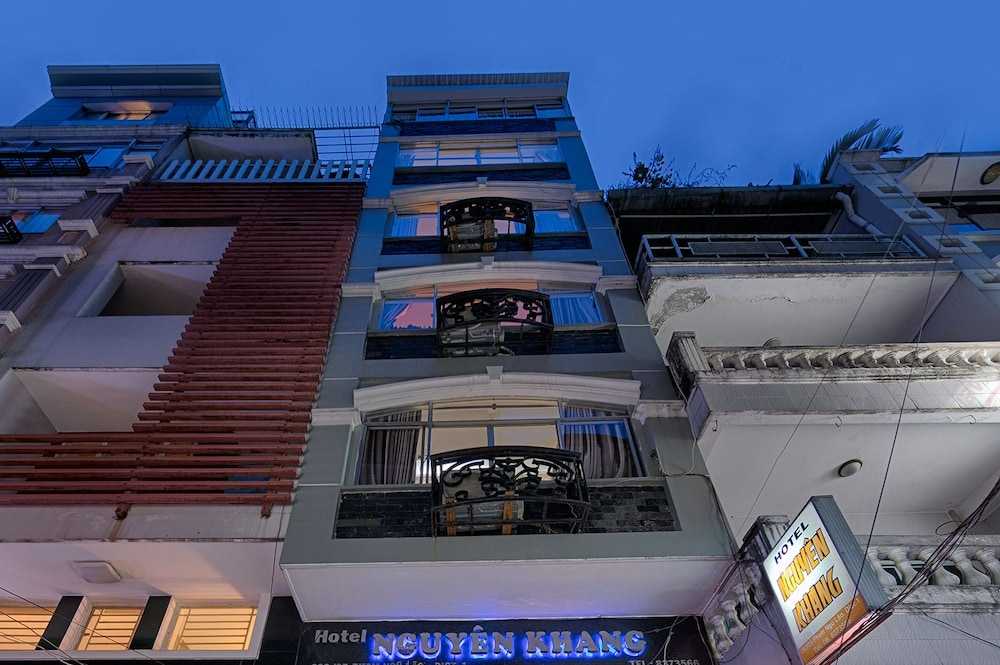 グエン クアン ホテル