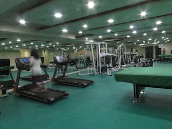 Bayview Designers Suites Manila Gym