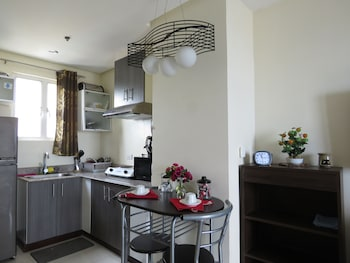Bayview Designers Suites Manila Private Kitchen