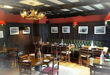 The Queen's Head Inn and Restaurant - Dining  - #0