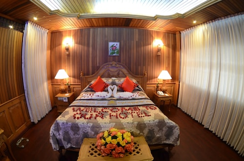 Royal Naypyitaw Hotel, Naypyitaw