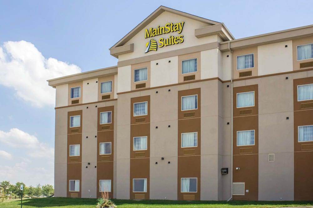 MainStay Suites University