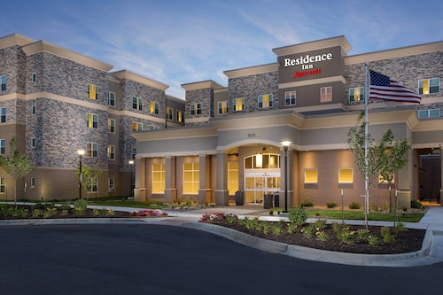 Residence Inn by Marriott Kansas City at The Legends, Wyandotte