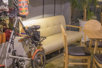 Hwarang Hostel - Lobby Sitting Area  - #0