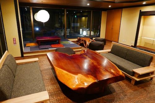 Onsen Hostel K's House Hakone, Hakone