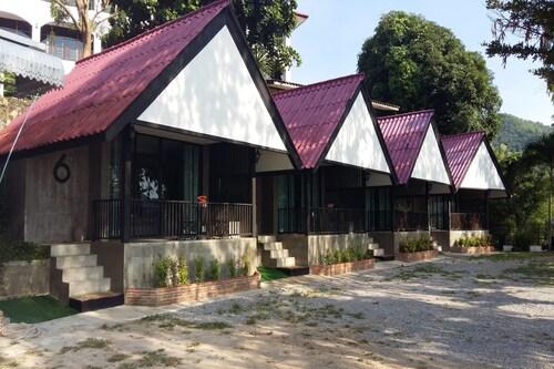 Rimkaeng Resort, Kaeng Krachan