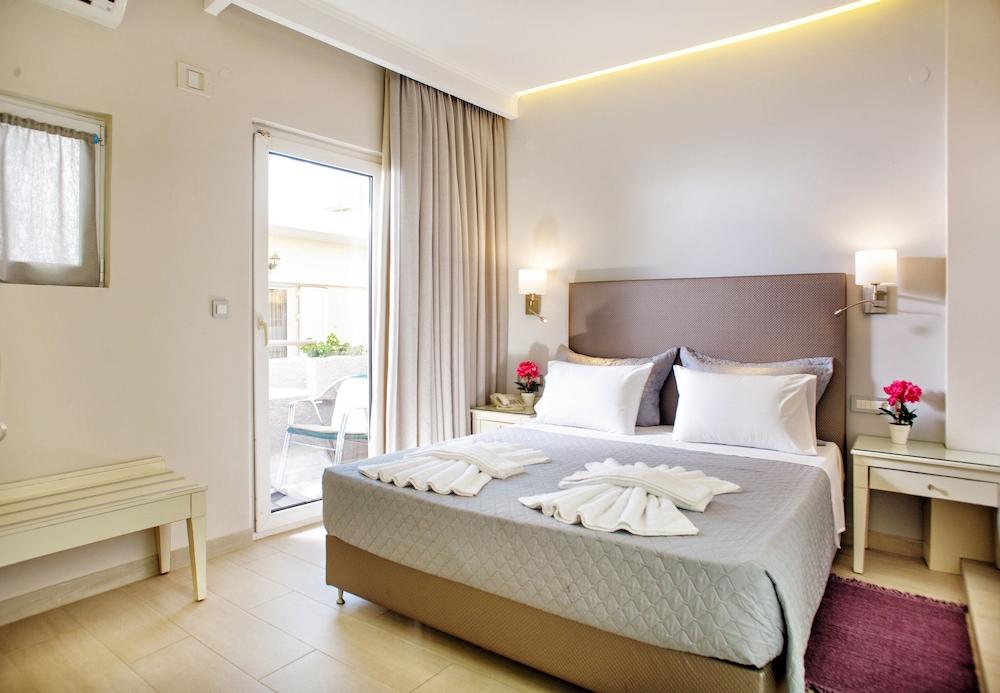 Hotel Ideon Hotel