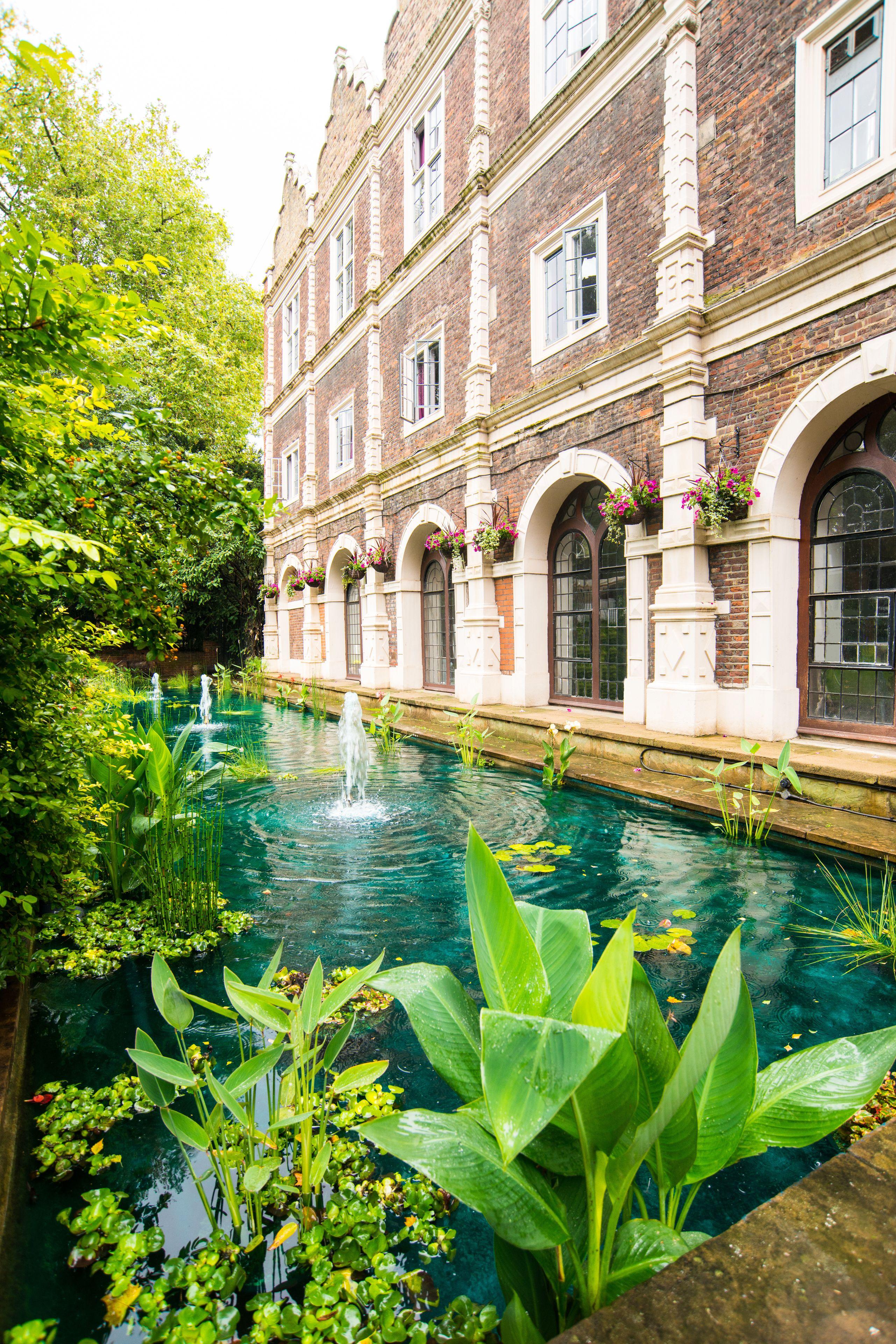 Safestay London Kensington Holland Park