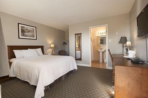 Bluenose Inn and Suites, Halifax
