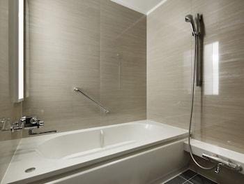 KOBE MINATO ONSEN REN Bathroom