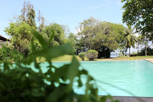 City Hub Lagoon, Negombo