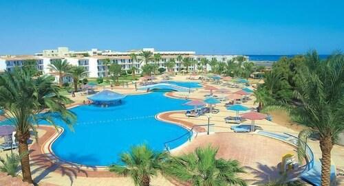 Riviera Plaza Abu Soma, Safaja