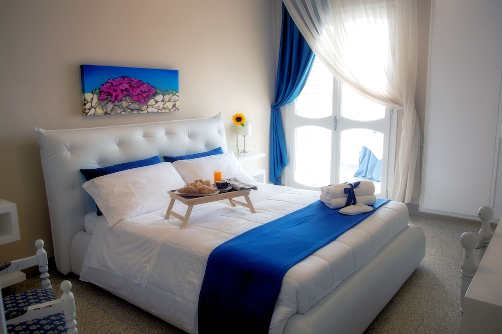 Hotel Isola Lo Scoglio, Featured Image