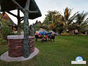 White Chocolate Hills Resort Dumaguete Outdoor Wedding Area
