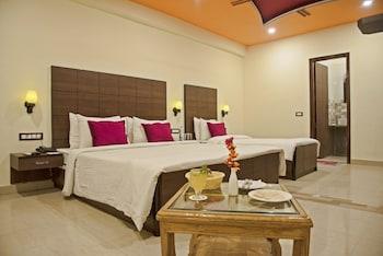 Hotel - GenX Plaza Mughalsarai