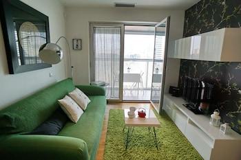 Apt. Fira Gran Via - Barcelona4Seasons - Living Area  - #0