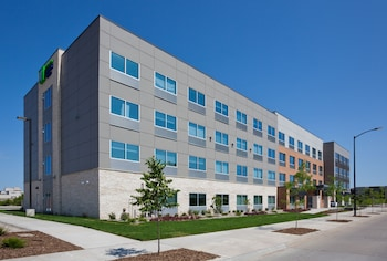 狄蒙因市中心智選假日套房飯店 - IHG 飯店 Holiday Inn Express & Suites Des Moines Downtown, an IHG Hotel