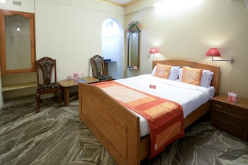 Hotel - OYO 2074 StayOut Hotel Aston Ajoy Home Comfort