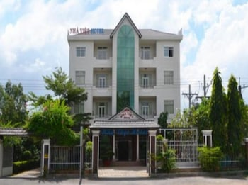 Nha Viet Hotel