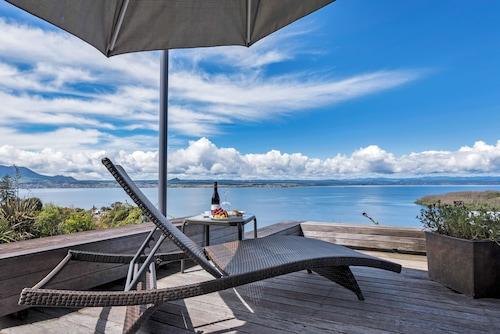 Serenity on Wakeman, Taupo