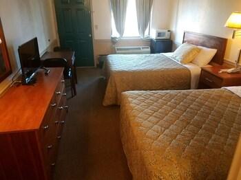 Traveler's Choice Motel