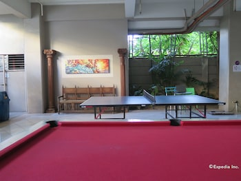 ALICIA TOWER RESIDENCES - ADULT ONLY - HOSTEL Game Room
