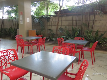 ALICIA TOWER RESIDENCES - ADULT ONLY - HOSTEL Dining