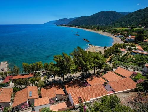 . Villaggio Residence Testa di Monaco
