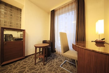 RICHMOND HOTEL PREMIER TOKYO OSHIAGE In-Room Business Center
