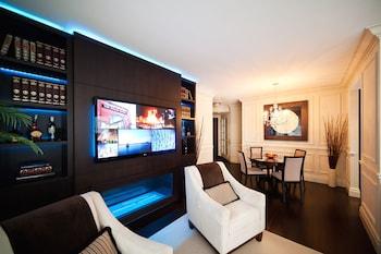 Two-Bedroom Suite (Kitchen, Balcony)