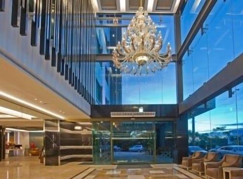 Renyi Lake Hotel, Chiayi County
