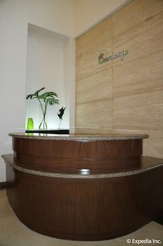 HOTEL MONTICELLO Concierge Desk