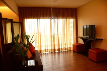 HOTEL MONTICELLO Living Room