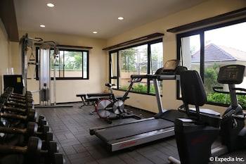 HOTEL MONTICELLO Gym