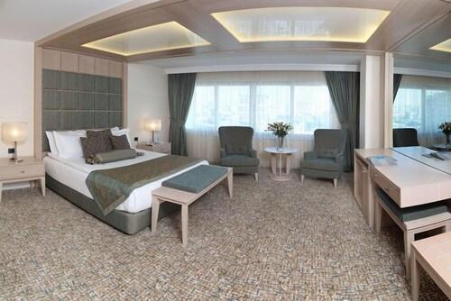 . Mavi Surmeli Hotel