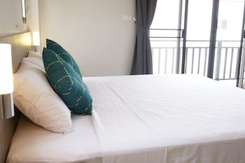 Comfort Room, 1 Double Bed, Balcony