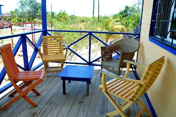 All Seasons Guest House - Balcony  - #0