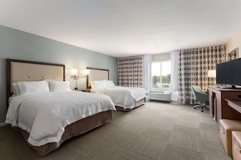 Room, 2 Queen Beds, Accessible, Non Smoking (Roll In Shower)