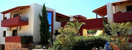 . Armonia Apartments
