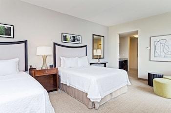 Room, 2 Queen Beds, Non Smoking, Refrigerator & Microwave (Wet Bar)