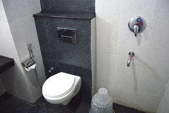 Vedanta Wake Up - Trivandrum - Bathroom  - #0