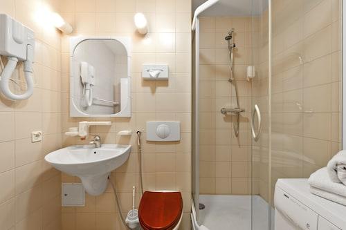 Barbacan Apartments, Vilniaus