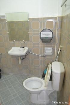 Antonio's Apartelle & Suites - Bathroom  - #0